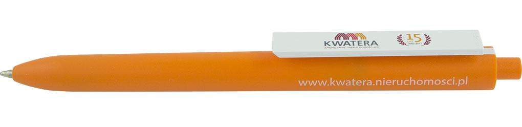 Awaria z długopisem w roli głównej - jak zmazać długopis bez korektora